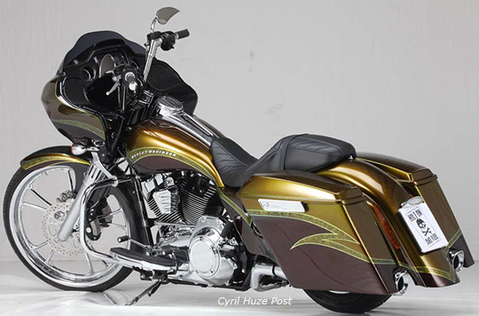 MODIFICATIONS ROAD GLIDE 2015 - Page 3 2roadg10