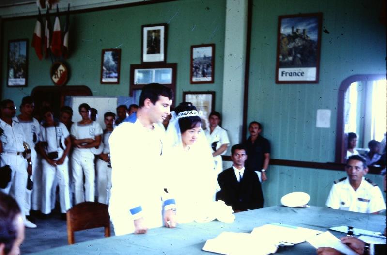 [Les traditions dans la Marine] Mariage en tenue - Page 4 Campag22