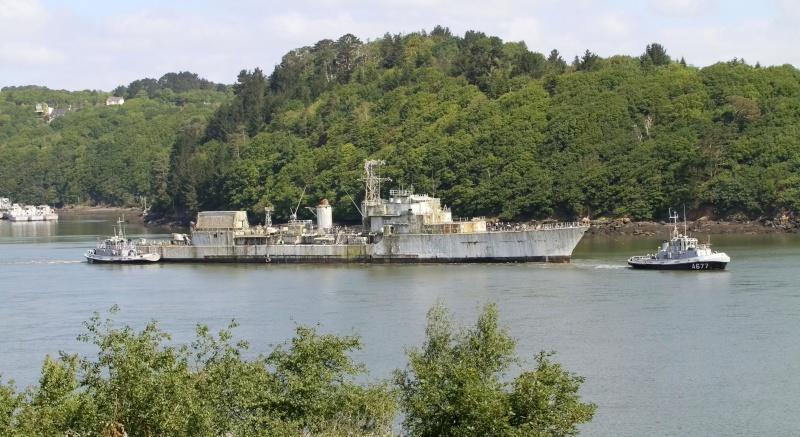 [Autre sujet Marine Nationale] Démantèlement, déconstruction des navires - TOME 2 - Page 2 Q682_e14