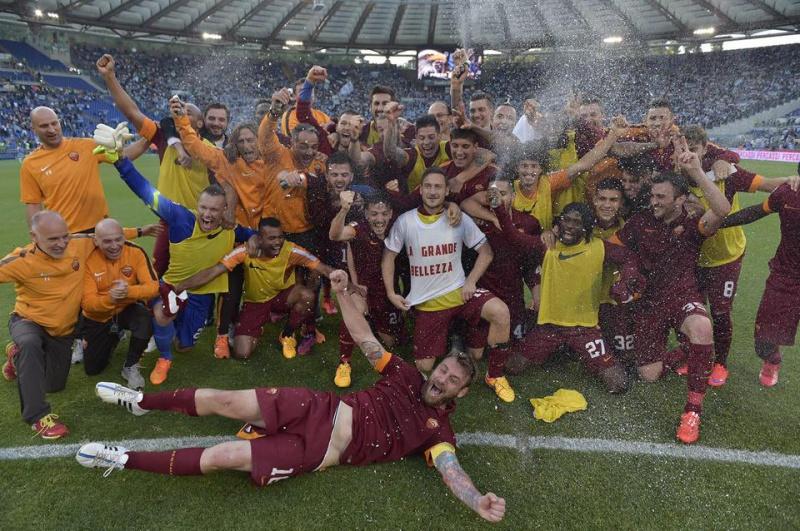 SS Lazio 1-2 AS Roma (37ème journée) - Page 25 Derbyd11
