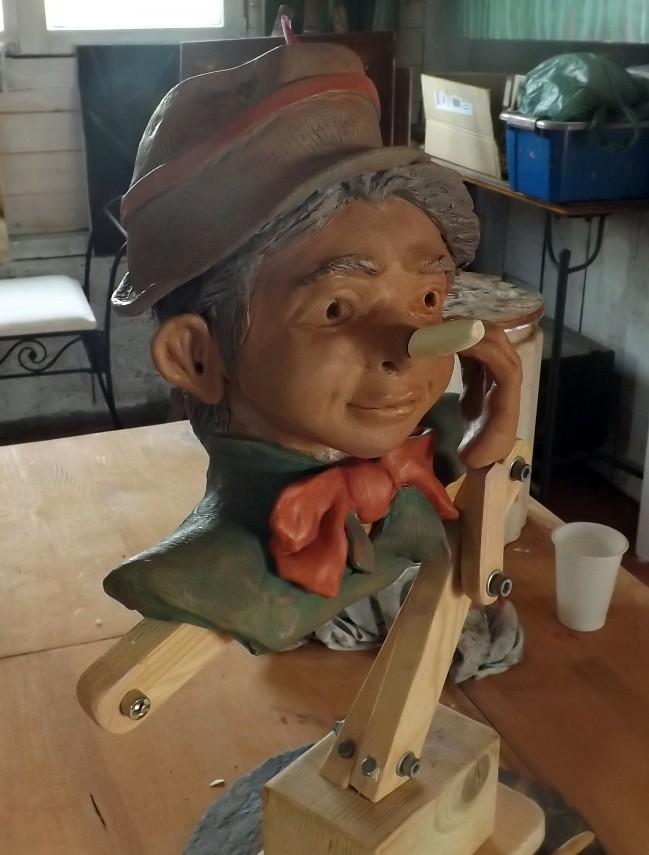 """""""Pinocchio""""  Pas a pas en temps réel... 02110"""