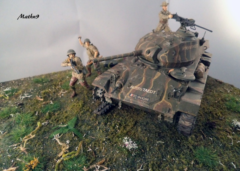 M24 Chaffee AFV Club 1/35 - Page 3 Dsc02913