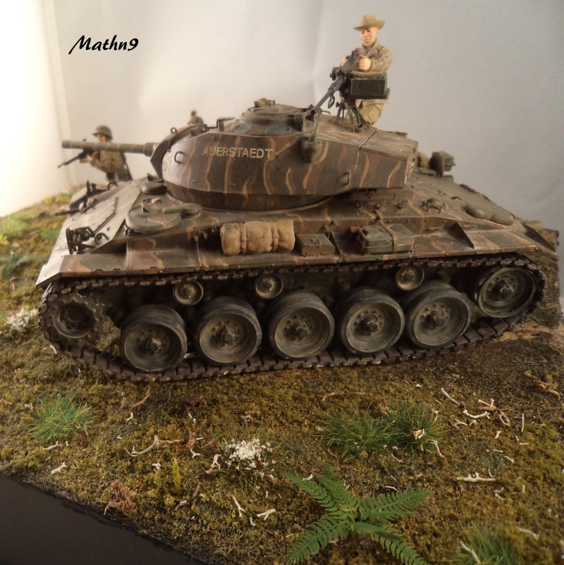 M24 Chaffee AFV Club 1/35 - Page 3 Dsc02915
