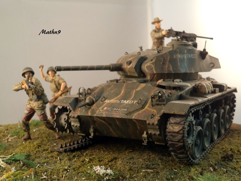 M24 Chaffee AFV Club 1/35 - Page 3 Dsc02935