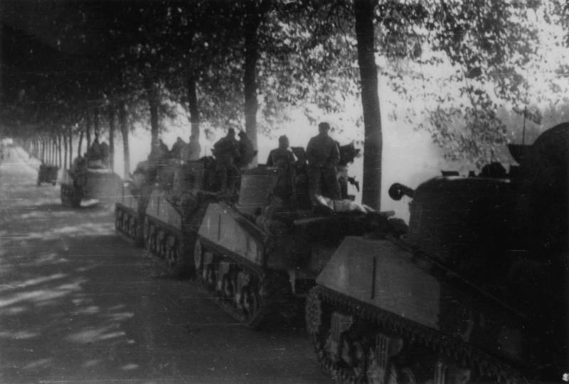 La 2/501 en route vers Châtel (sept. 1944) 44090310