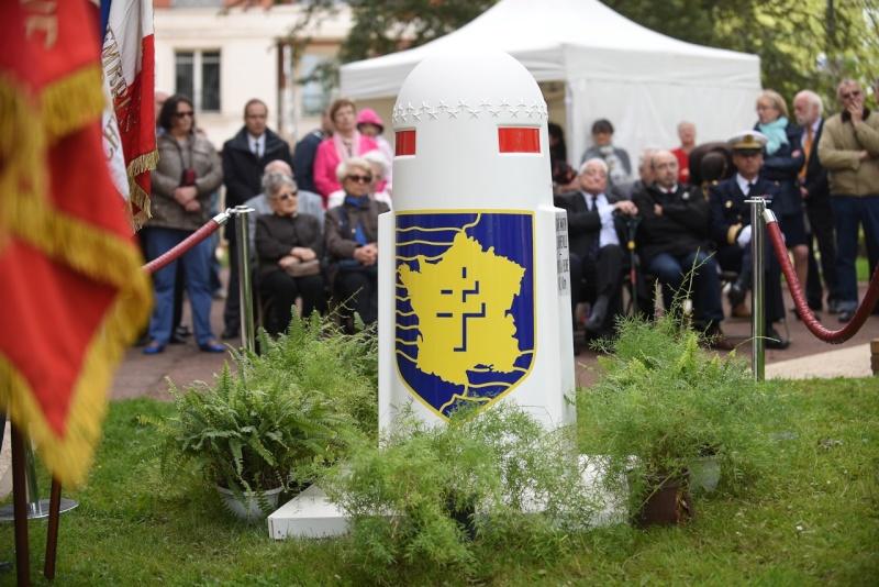 Borne du serment de Koufra: BOURG-LA-REINE (92) Dg2_1115