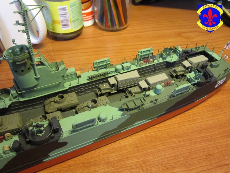 U.S. Navy Landing Ship Médium (Early) au 1/144 de Revell par Pascal 94 - Page 16 Img_4443