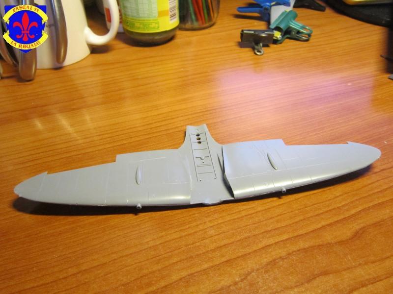 Supermarine Seafire F MK. XV de Revell au 1/48 par Pascal 94 - Page 2 Img_4571