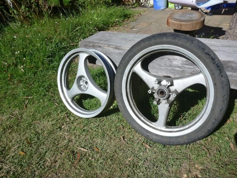 For sale 3 spoke wheels K1100 _5710