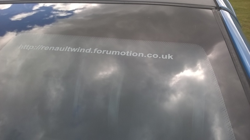 Advertising the Renault Wind Forum Front_11