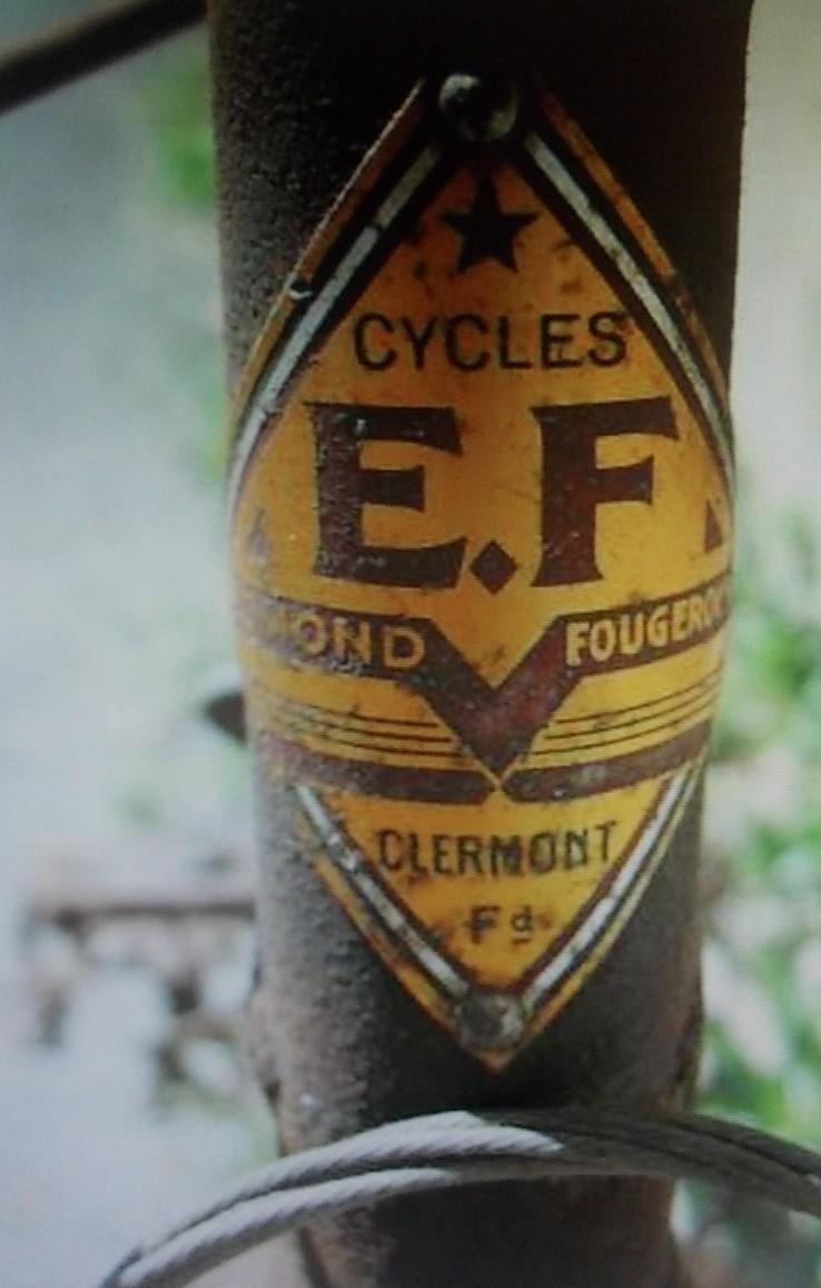 """""""EF """"  edmond fougerousse course 1946-52 2015-039"""