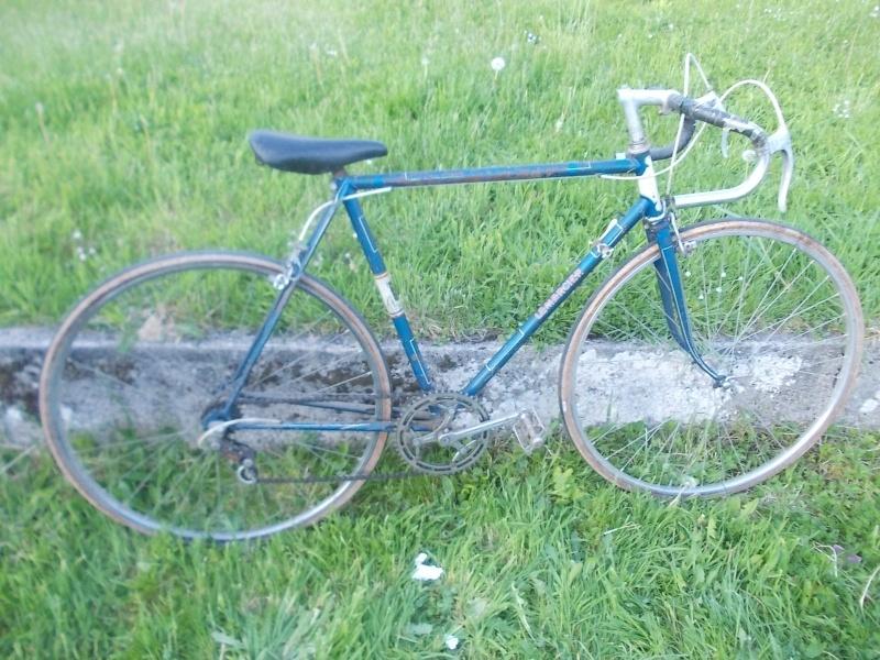 Vélo de ville LEMERCIER  Paris - St Etienne 1939- - Page 2 Dscn5922