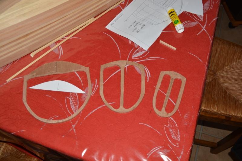 réalisation d'un voilier classe 1 mètre - Page 2 Dsc_0123