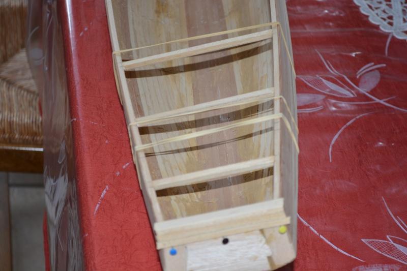 réalisation d'un voilier classe 1 mètre - Page 2 Dsc_0128