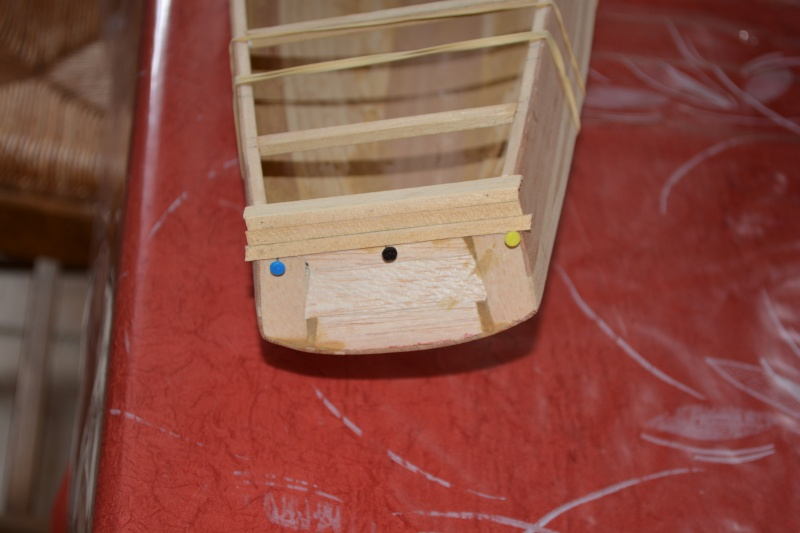 réalisation d'un voilier classe 1 mètre - Page 2 Dsc_0129