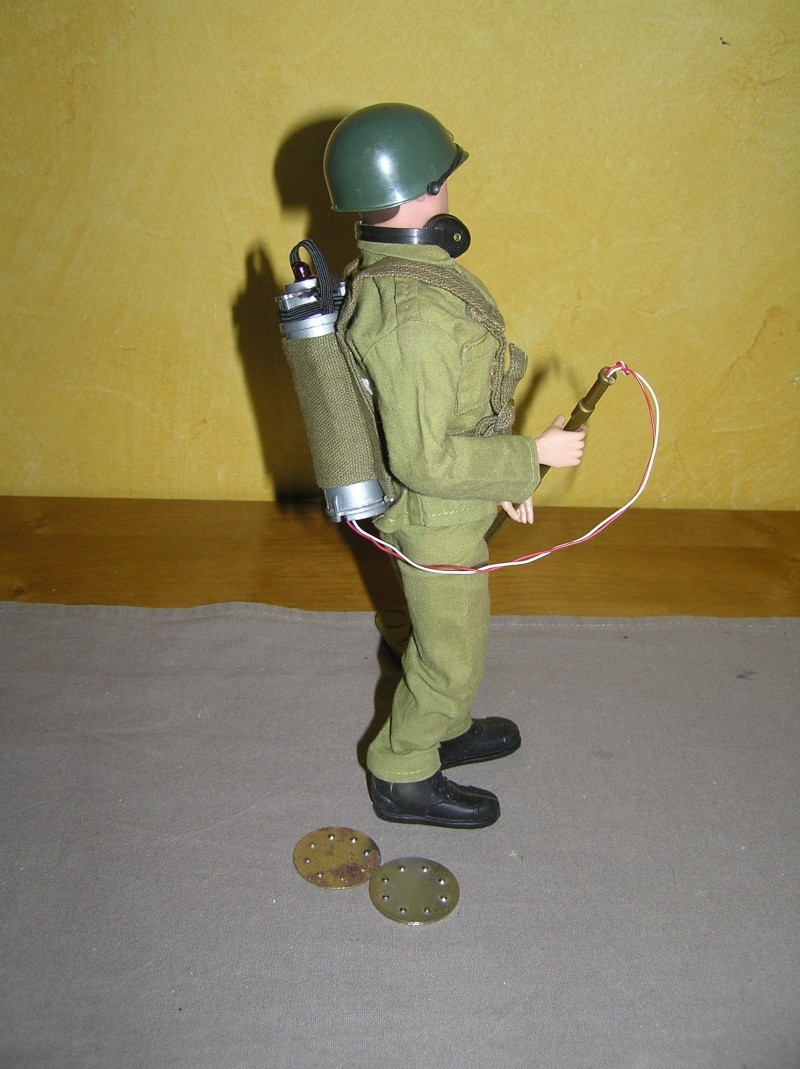 Action Man Mine Detection  P1010112