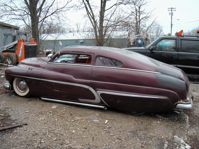 "1949 Mercury - Charlie Lopez's ""Nostalgic Sleeper""  039_3910"