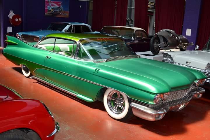 Cadillac 1959 - 1960 custom & mild custom - Page 3 10171011