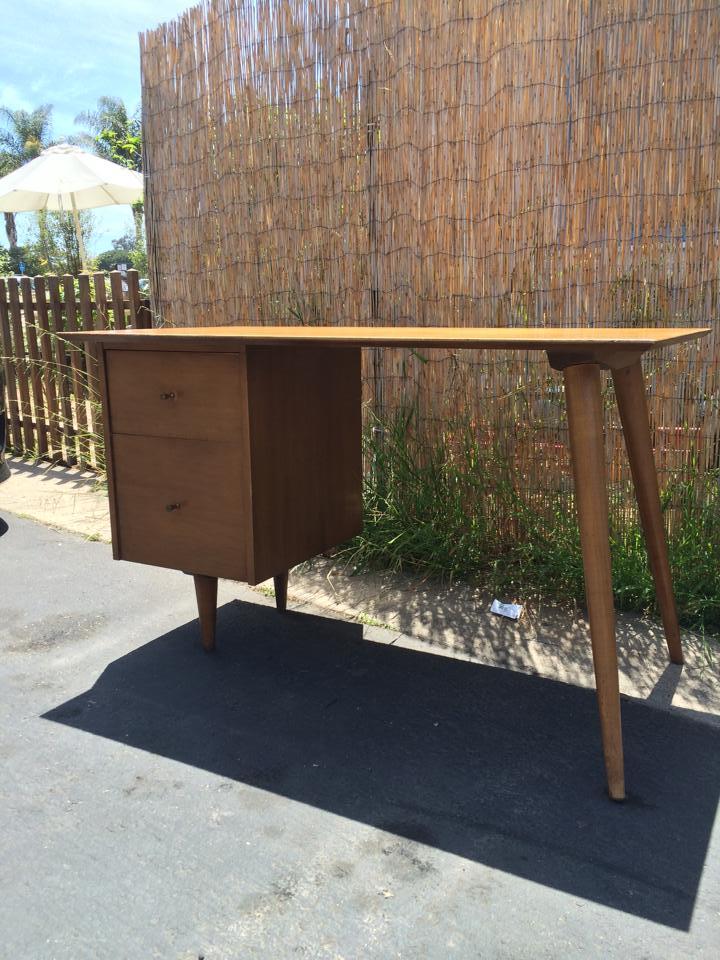 Bureaux & Mobiliers de bureaux 1950's - Office furnitures & Secretary 11010510