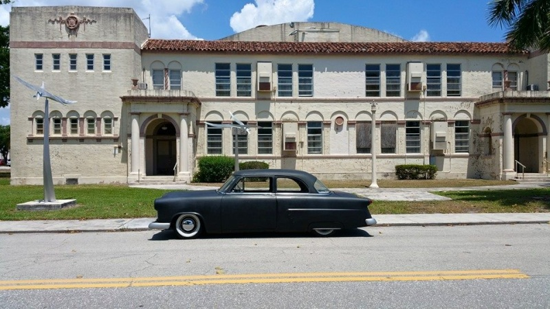 Ford 1952 - 1954 custom & mild custom - Page 7 11178313