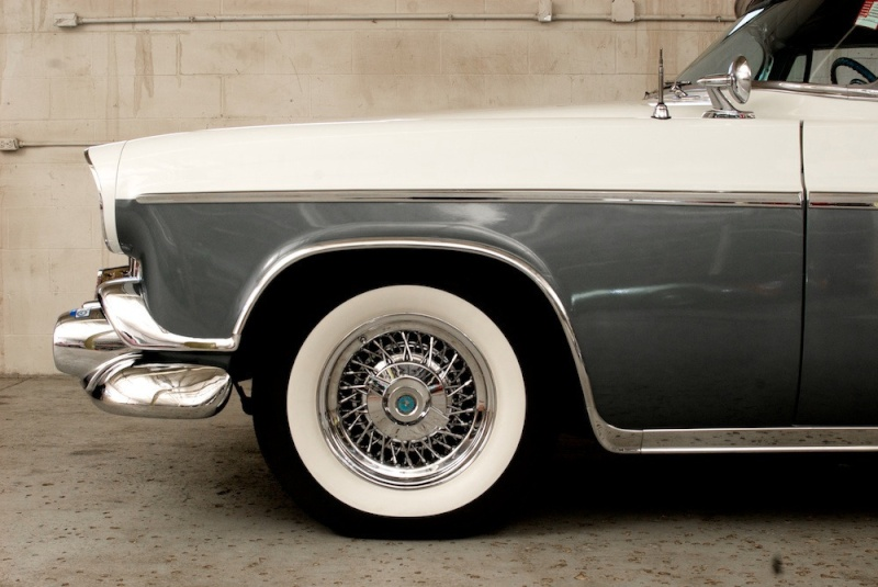 Chrysler classic cars 12291810