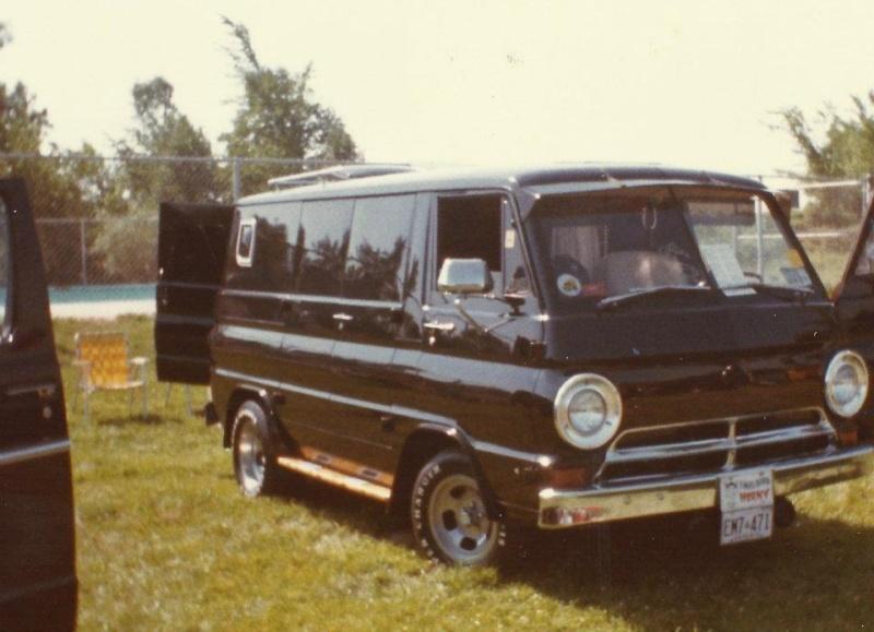 Golden age des Vans - Page 3 56363310