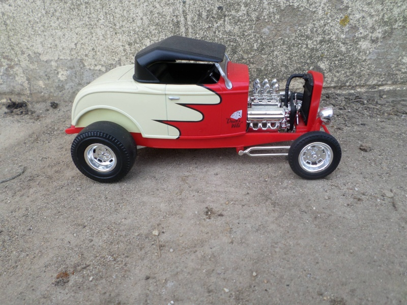 American classic car - Hot Rods & Customs 1/18 scale - Page 2 Sam_2512
