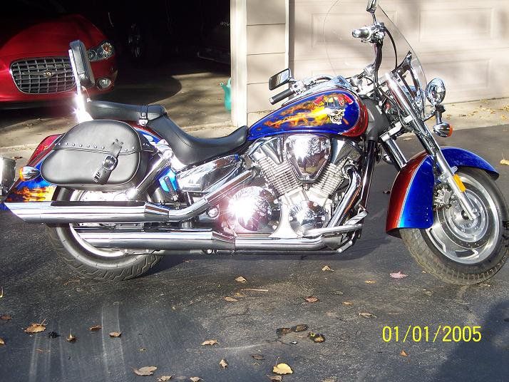 Who all rides motorcycles? Side10