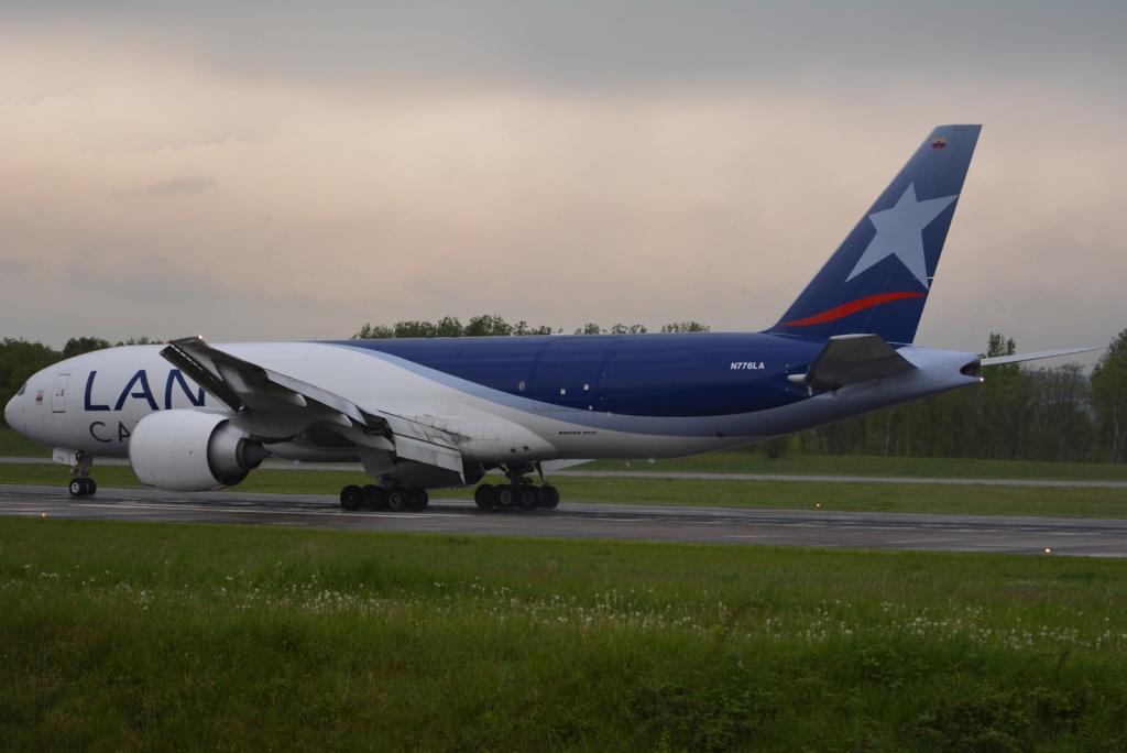 Mulhouse Euroairport  877011