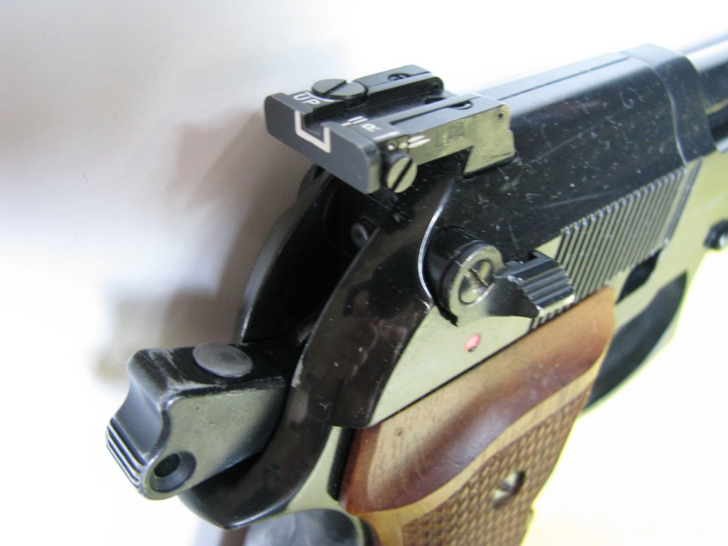 Hausse reglable Walther CP88 Img_1810