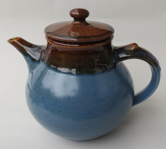 For gallery Stewart blue teapot  Stewar10