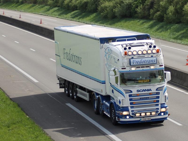 vue et pris en réel - Page 9 Scania31