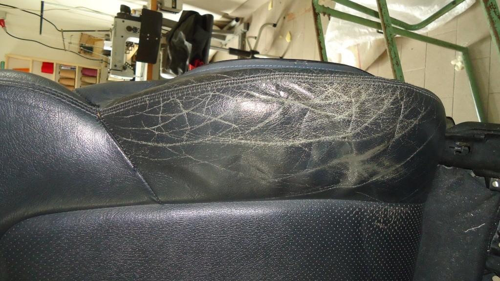 Rapida pulizia sedile in pelle mercedes SLK ormai logoro Dsc04112