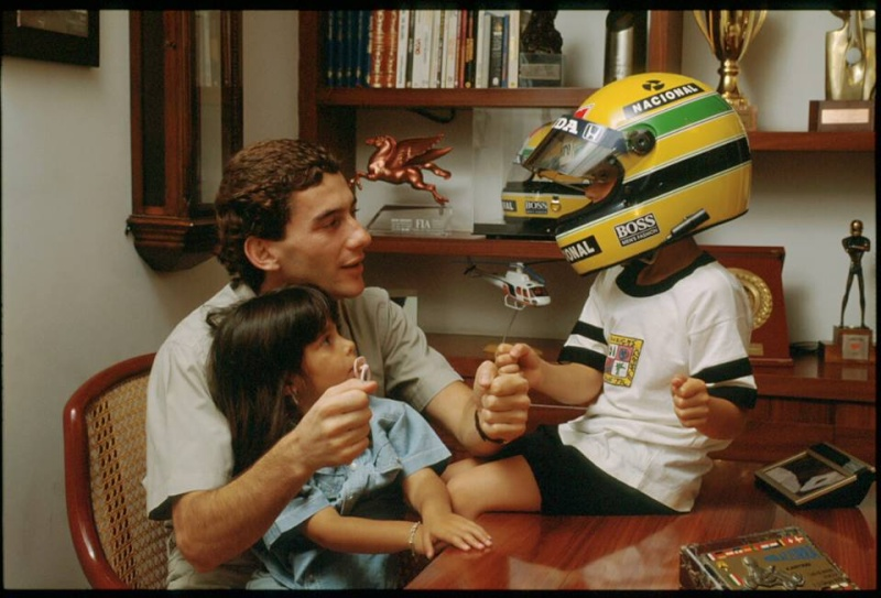 Ayrton Senna da Silva - Hommage... - Page 5 10451110