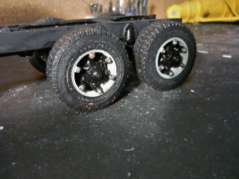 Mack RM 600 6X6 avec équipement a neige. - Page 2 P1130421