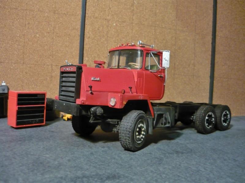 Mack RM 600 6X6 avec équipement a neige. - Page 3 P1130539