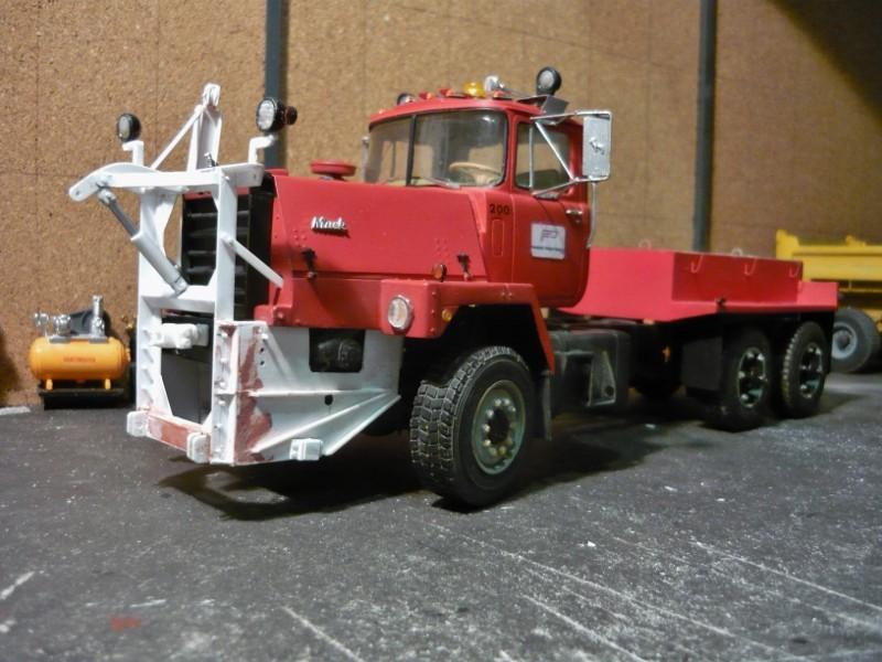 Mack RM 600 6X6 avec équipement a neige. - Page 3 P1130632