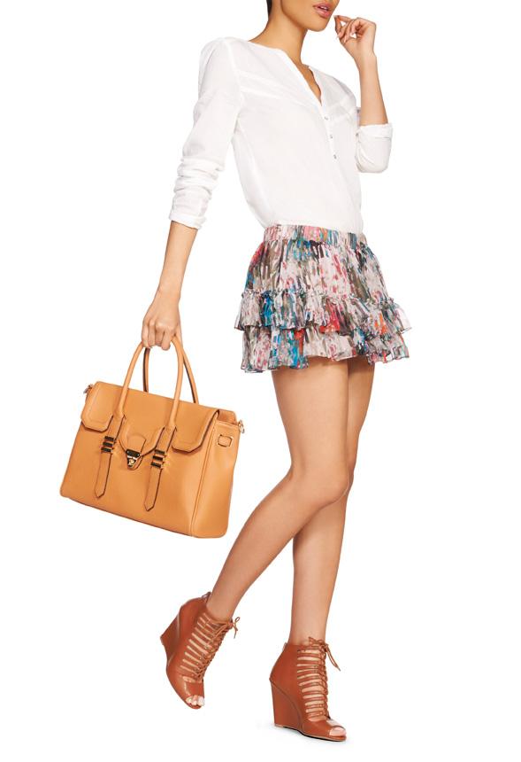 Mode, Galopines & Co : ici les stilettos, sneakers, bodycon, peplum... n'auront plus de secret pour vous ! - Page 6 35444410