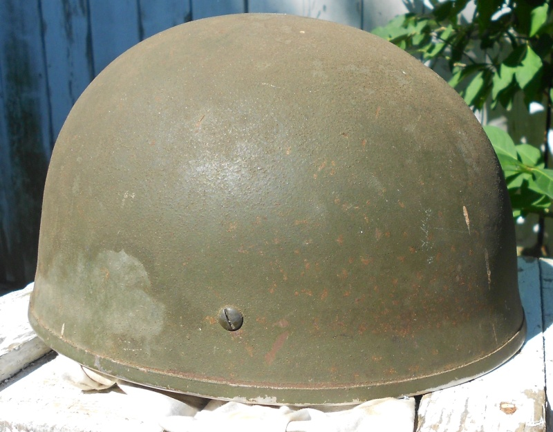 Lets see your favorite worn Canadian/Commonwealth helmets with nice aged patina - Page 3 00610