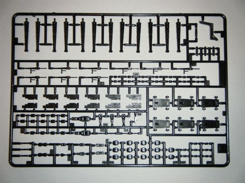 Le CHEBEC 1/50ème Réf 80896 Dscf0219