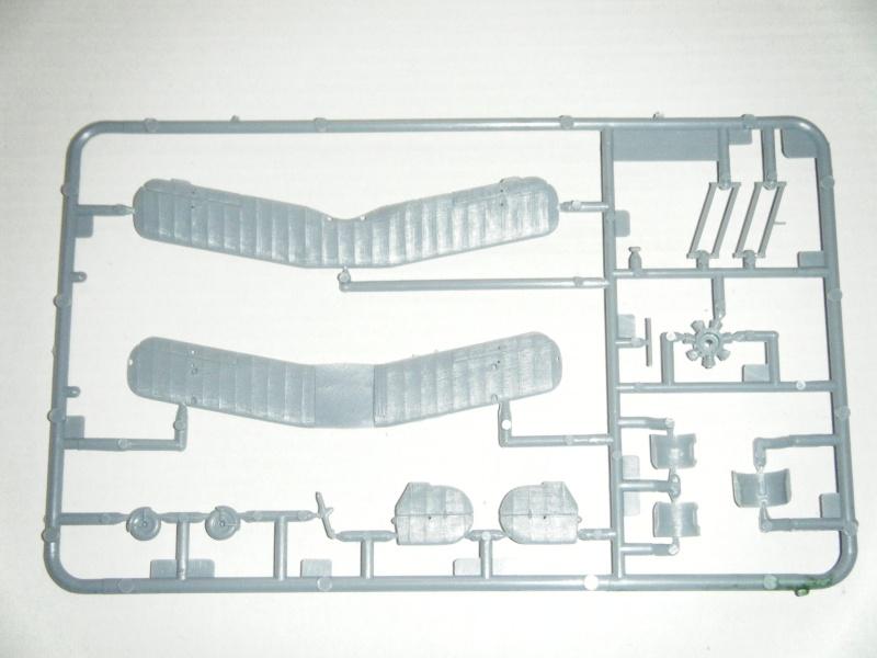 """BÜCKER Bü133 """"Jungmeister"""" 1/72e ref 078 Dscf0315"""