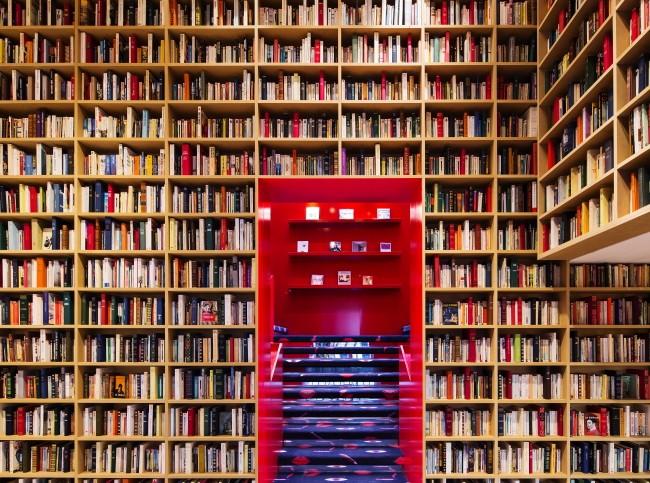 Vos adresses de librairies insolites... - Page 7 Sor_610