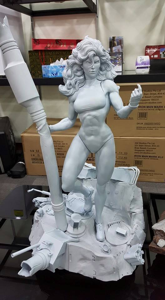 Premium Collectibles : She Hulk 11202910