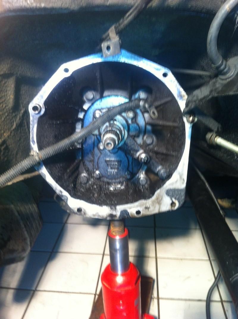 encore un moteur demonté Img_1216