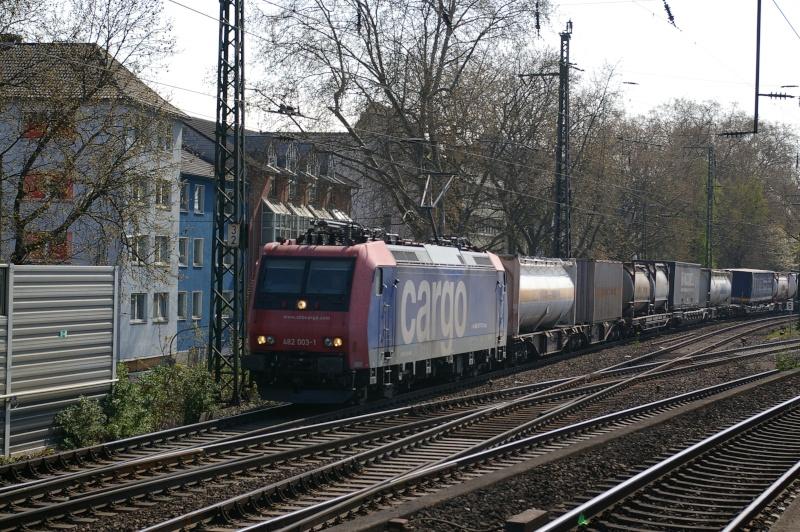 Was die Züge so bewegt ... Imgp9315