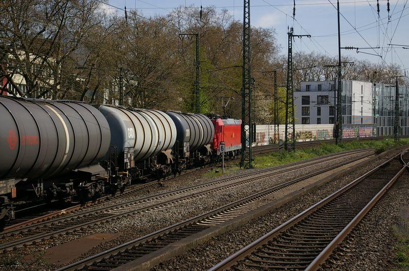 Was die Züge so bewegt ... Imgp9328