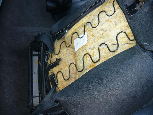 réparation siège pétale P1100717