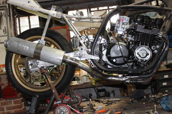 Prépa Kawa 750 GPZ 83 pour la Vitesse en Moto Ancienne - Page 13 Ph25_i10
