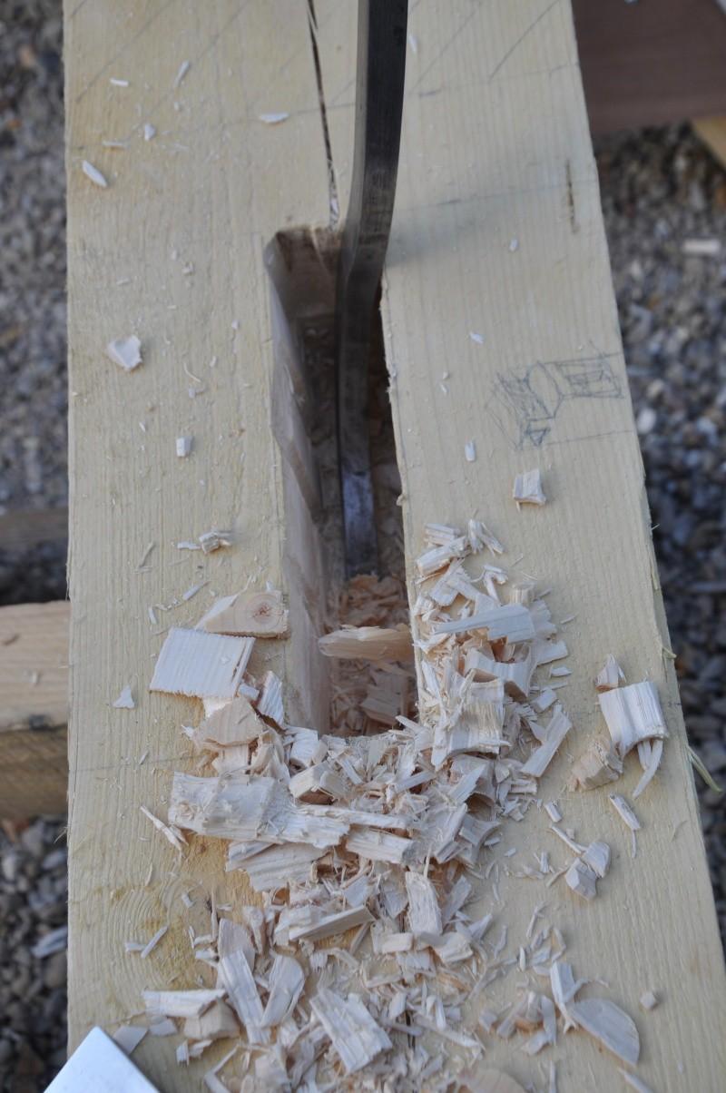 construction d'un abri en charpente - Page 5 00912