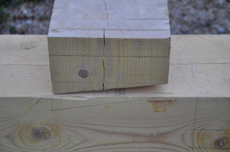 construction d'un abri en charpente - Page 5 01511